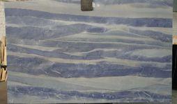 Azul Macaubas 2 cm-min.JPG